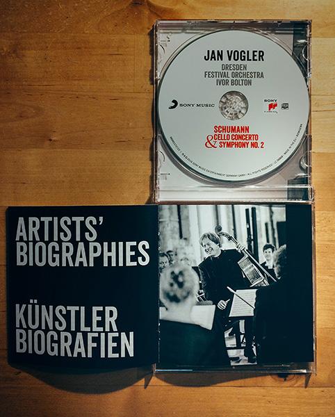 """Fotos für das Booklet der Konzertalbum """"Schumann Concerto & Symphony No.2"""" mit Jan Vogler und dem Dresden Festival Orchestra. Erschienen Herbst 2016 bei SONY CLASSICAL."""