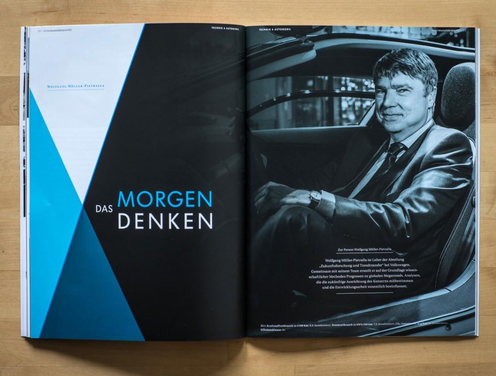 """Ein Portrait vom Zukunftsforscher des Volkswagen-Konzerns, Wolfgang Müller-Pietralla, in der 2014er Winterausgabe von """"skriptmanufaktura"""", dem Kundenmagazin der Gläsernen Manufaktur von VW in Dresden."""