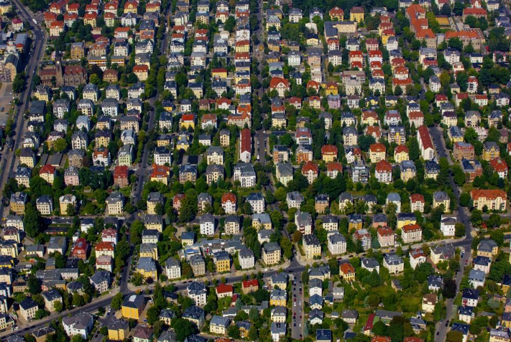 Luftaufnahme vom Dresdner Stadtteil Striesen am 29.08.2012.