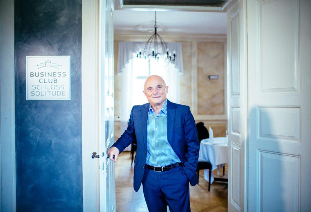 Koch Jörg Mink im Sommer 2016  in seinem Business Club auf Schloss Solitude in Stuttgart.