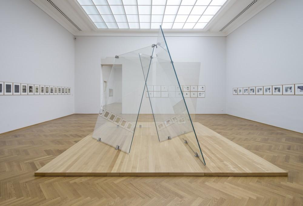 """Gerhard Richters """"Streifen & Glas"""" in Dresden"""