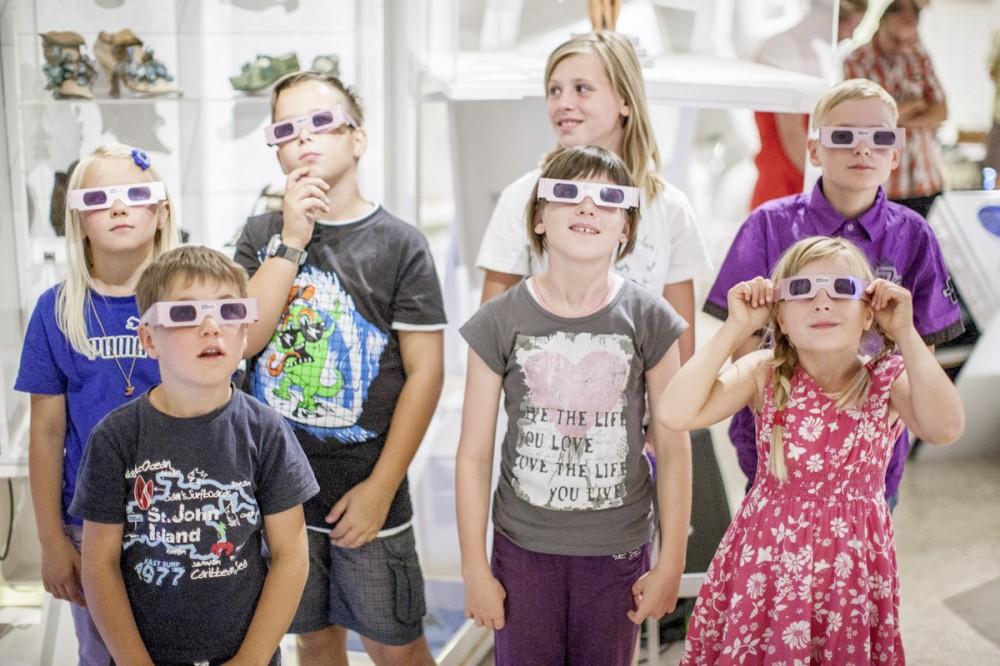 Kinder im Hygiene - Museum