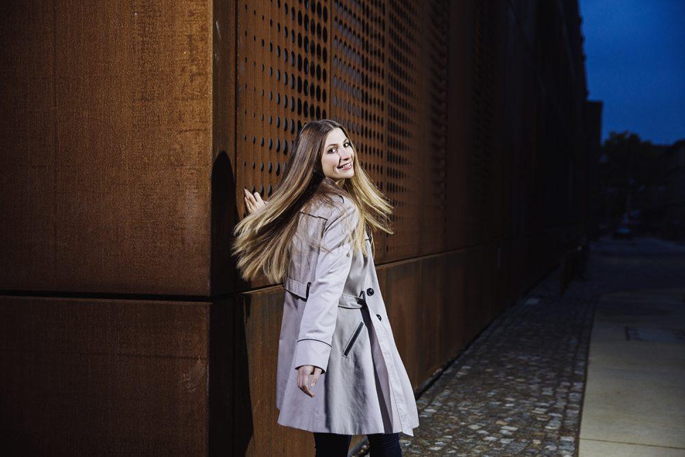 Modell Linda Eberlein im Oktober 2016 am neuen Kraftwerk Mitte in Dresden.